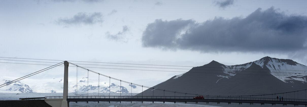 Marianne dams - landscape - iceland bridge